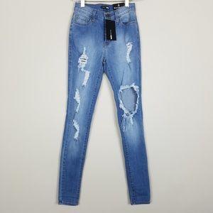 Fashion Nova Destroyed Size 0  Skinny Jeans A0104